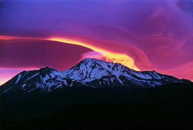 """""""Sunrise on Mount Shasta"""" by Michael Zanger - Sunrise on Mount Shasta Uploaded by PDTillman. Licensed under CC BY-SA 2.0"""